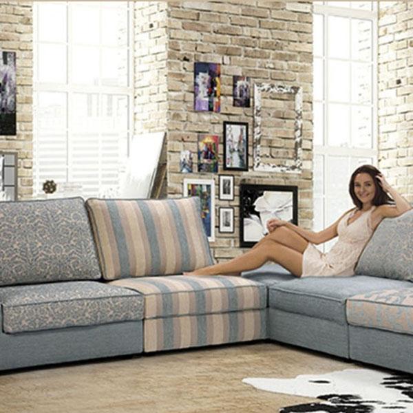 sofá con opciones